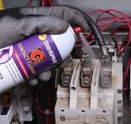 Mantenimiento Eléctrico Seguro y Eficaz con Limpiadores de Contacto en Aerosol